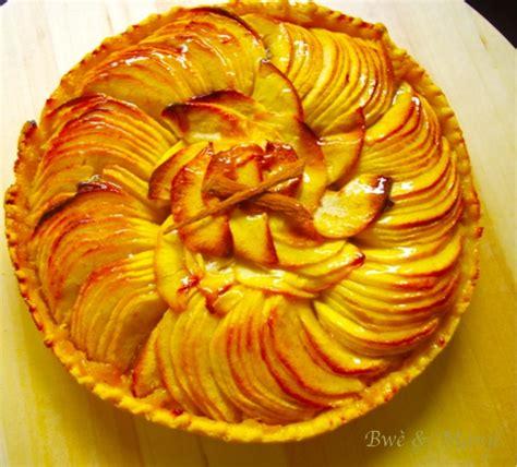 tarte aux pommes p 226 te bris 233 e compote gourmandises 201 pic 233 es