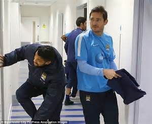 Manchester City squad wrap up before heading out to ...