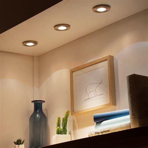 installer des spots encastr 233 s au plafond renovationmaison fr