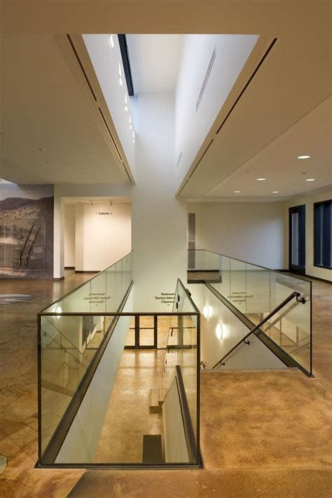 interior design of museum decobizz