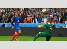 Euro 2016 France through to semis as they end Icelandic