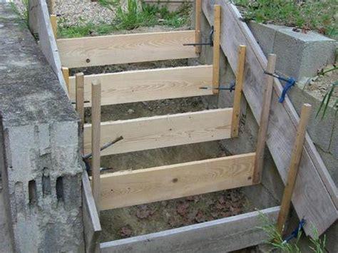 comment r 233 aliser les fondations d un escalier en b 233 ton