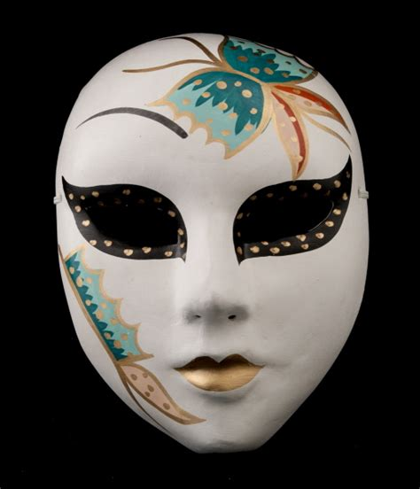 masque opera chinois femme et papillon