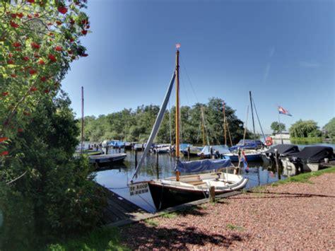 Woonboot Te Huur Loosdrechtse Plassen by Passantenligplaats Jachthaven Het Anker