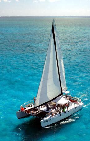 Catamaran Rental Grand Cayman by Allura Catamaran George Town Cayman Islands Top Tips