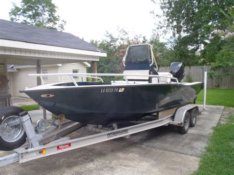 Grizzly Bar Boat Race Party by 2003 Gaudet Custom Aluminum Boat Bay Boat For Sale In