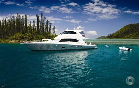 Boats Online Riviera new riviera 77 enclosed flybridge power boats boats