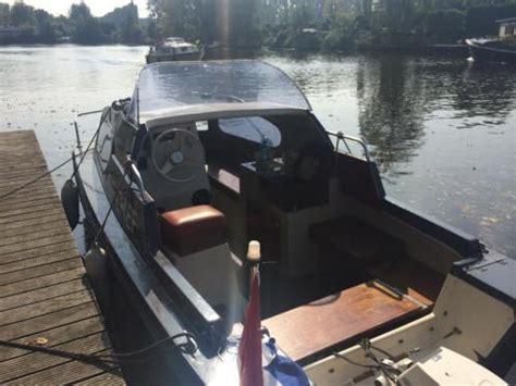 Motorboot Met Trailer Te Koop by Engelse Motorboot Birchwood 18 Continental Te Koop 5 8