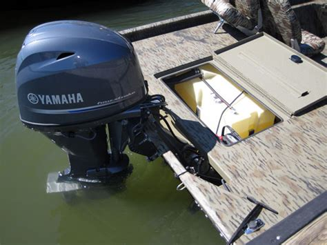 Boat Gas Tank Hatch by 187 Xpress Xp180ss Offers Cross Over Versatility