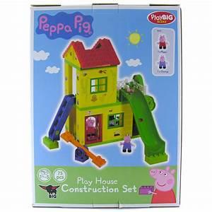 House Construction: Pig House Construction