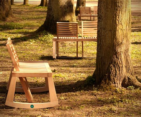 view bench by de la chaise design seating