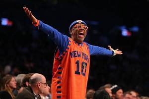 New York Knicks: Spike Lee Will 'Pack Bags For' Phil Jackson