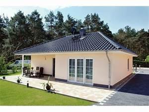 Haus Bungalow Modern : die 17 besten ideen zu winkelbungalow grundriss auf pinterest winkelbungalow grundriss ~ Markanthonyermac.com Haus und Dekorationen