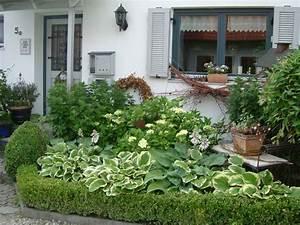 Foto Wohnen Und Garten : willkommen im vorgarten wohnen und garten foto garten pinterest wohnen und garten ~ Markanthonyermac.com Haus und Dekorationen