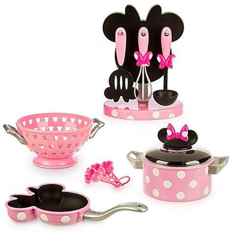 ensemble de jeu cuisine minnie mouse marque disney vos petites filles pourront faire