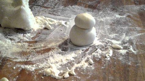 faire un bonhomme de neige en pate a sel