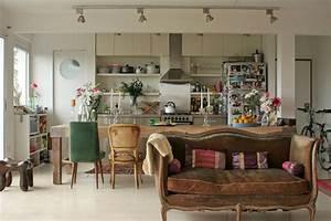 Kleine Wohnung Optimal Einrichten : kleine r ume einrichten ein buchtipp ~ Markanthonyermac.com Haus und Dekorationen