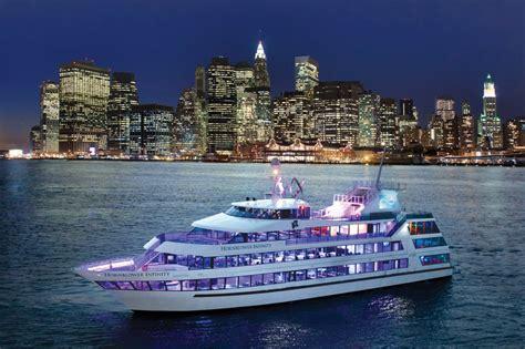 Boat Party Nyc 2017 by Luxury Boat Rentals New York Ny Custom Mega Yacht 830