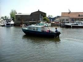 Kajuitboot Huren Drimmelen by Kajuitboot Voor De Hele Familie Huren In Drimmelen Noord