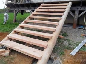 des id 233 es d escalier en bois pour le jardin bricobistro