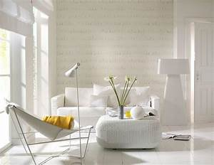 Moderne Tapeten Wohnzimmer : wohnzimmer mit tapete in fransenoptik sch ner wohnen ~ Markanthonyermac.com Haus und Dekorationen