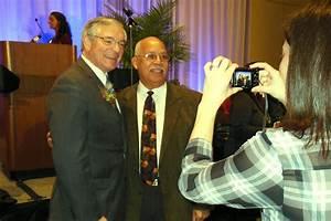 Grand Rapids mayor calls on Governor Snyder to put ...