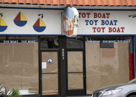 Toy Boat Corona Del Mar by Newport Local News Updated Toy Boat Closes Newport