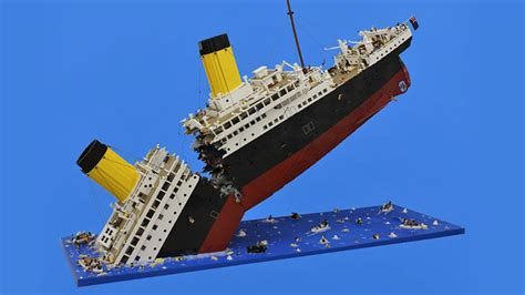 sinking lego titanic required 120 000 pieces to